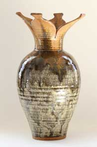 Vase in 2012 auction offerings