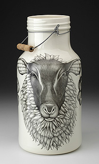 Zindel bottle with sheep